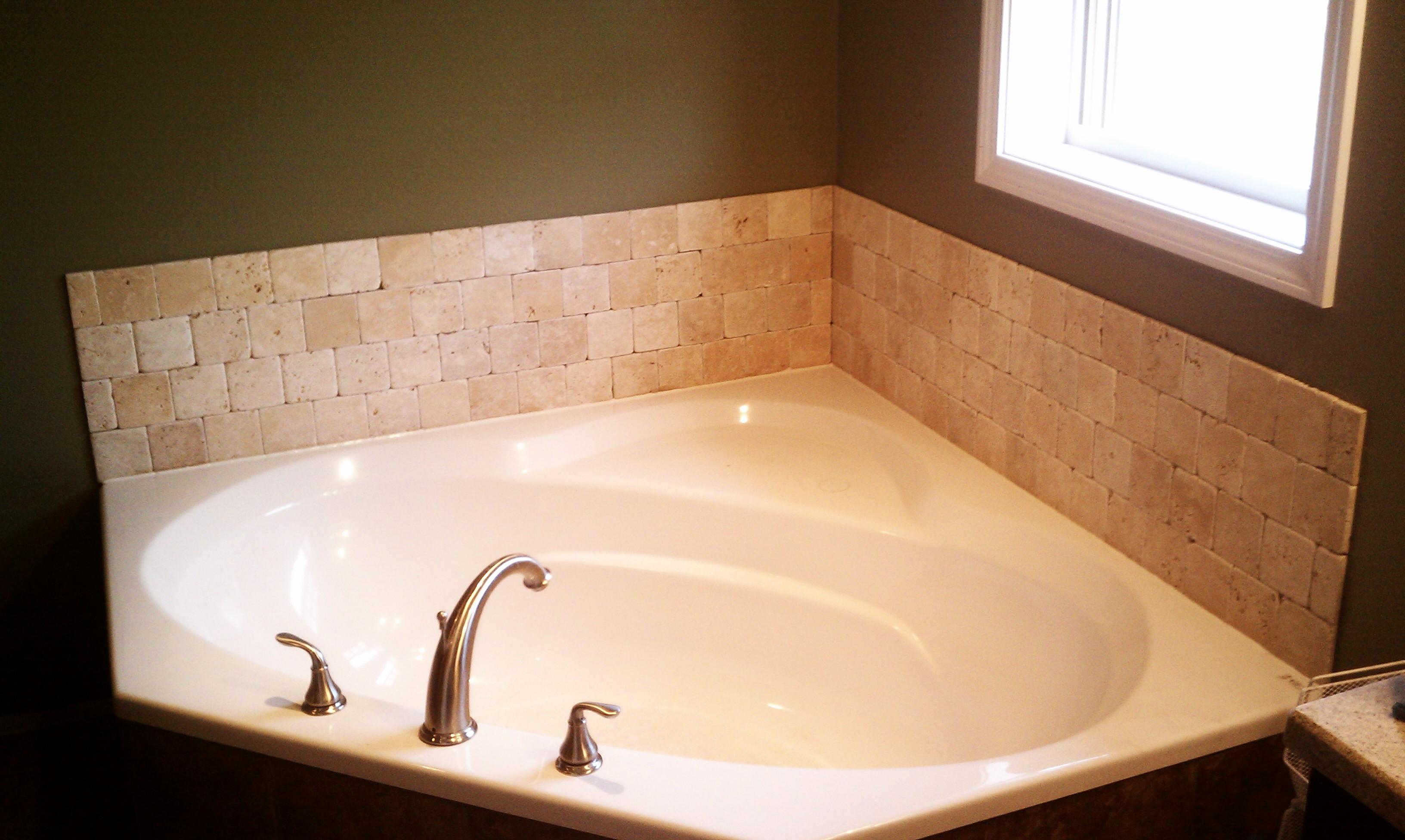 Tile Bath Surround - Ullom Construction & Snow Removal - Storm Lake ...
